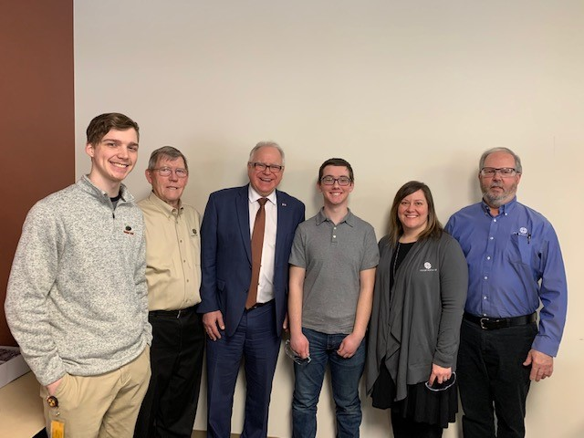 Teamvantage Team with Governor Walz